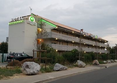 enseigne-lumineuse-hotel